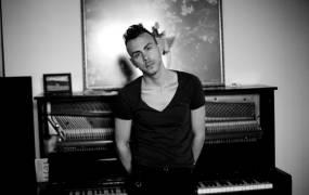 Concert Asaf Avidan Back to Basics