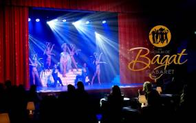Spectacle R�veillon Cabaret au Moulin de Bagat