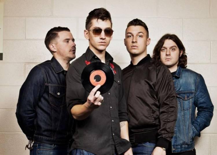 Arctic Monkeys - Blondie - Janelle Monáe à Saint Cloud