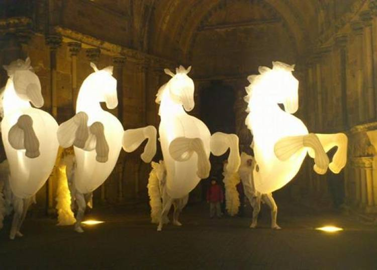 Cie Cirque Rouages + Cie des Quidams + Cie Don Fiasko à Perpignan