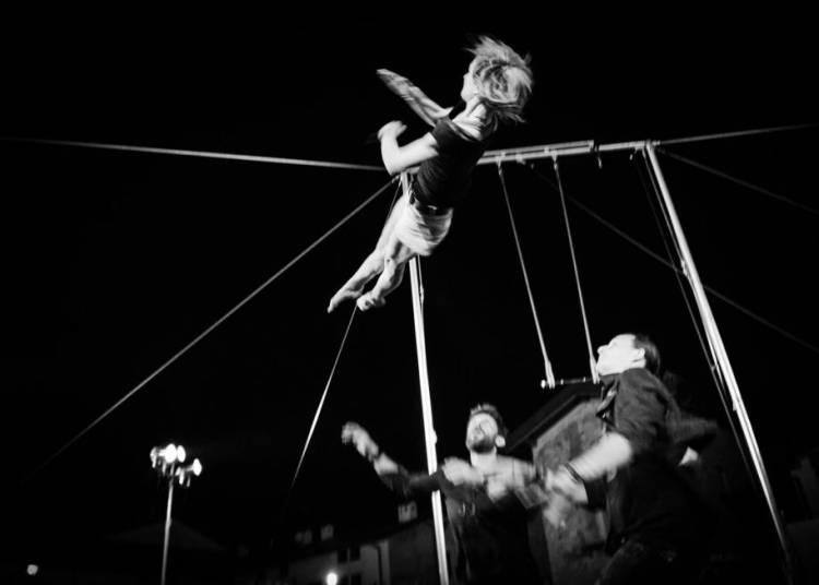 Cirque Exalt� - Furieuse tendresse � Chalon sur Saone