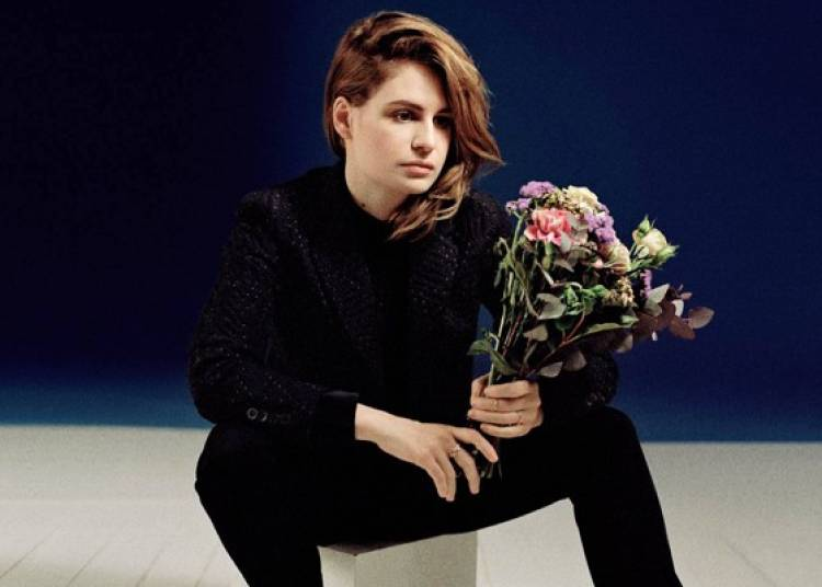 Christine and The Queens, The Dø, Izia, Isaac Delusion à Bourges