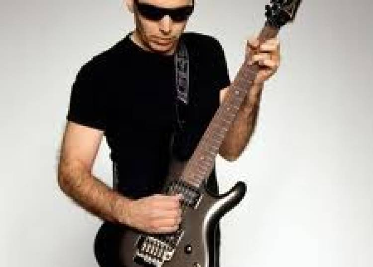 Joe Satriani, The Shockwave Tour � Boisseuil