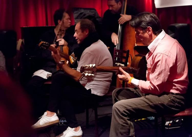 Les Freres Ferr� Trio Jazz Manouche � Paris 11�me