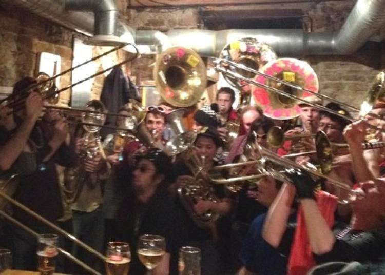 La Fanfare Pustule et La Batucada Bandana à Lyon