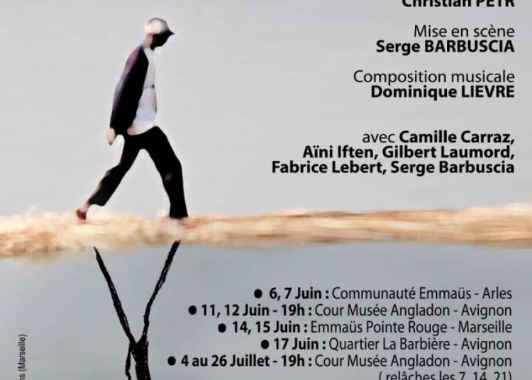 MARCHE, rituel théâtral d'avant le coucher du soleil à Avignon