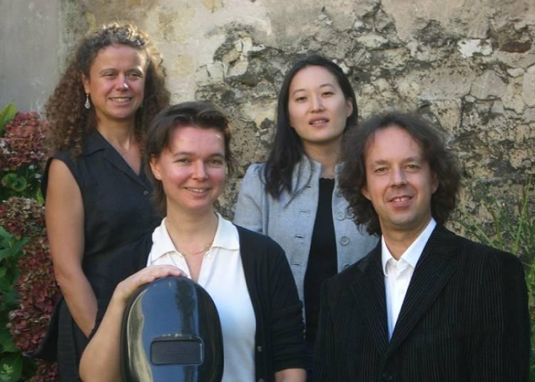 Le quatuor Antar�s joue les grands quintettes de Mozart � St-Vincent de Paul � Paris 10�me