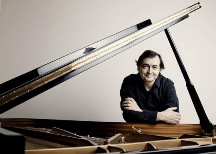 Les Klavierst�cke de Stockhausen � Paris 19�me