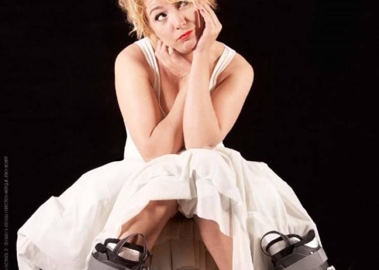 Vanessa Fery est belle, bonne et capable à Avignon