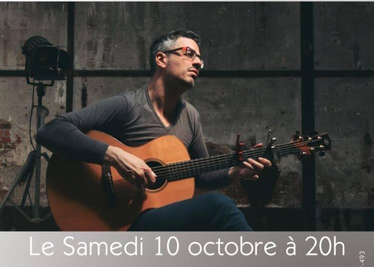 Shai Sebbag - Solo Fingerstyle Guitar � Paris 10�me