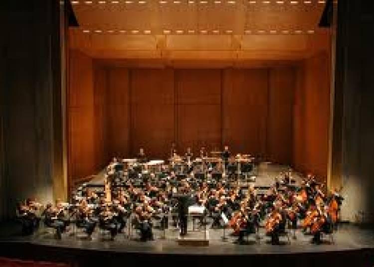 Stravinsky, Szymanowski � Paris 4�me
