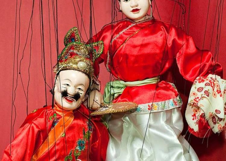 Marionnettes � fils Kuileixi � Paris 7�me