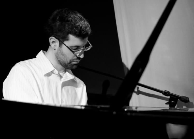 Yaniv Taubenhouse Trio � Paris 1er