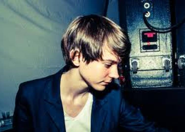 Madeon, Pony Pony Run Run, Nach et Housse de Racket � Paris 18�me