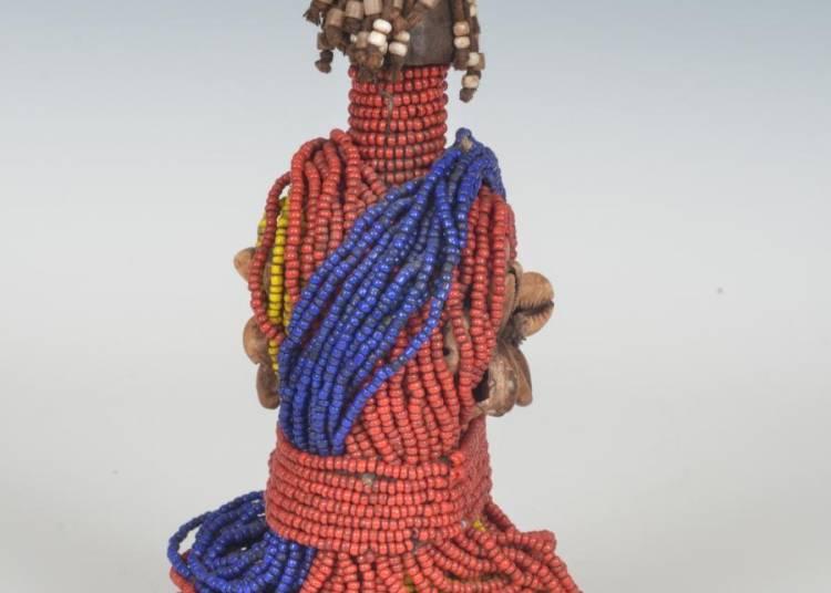 Jeux d'enfants - Figurines rituelles � Lyon