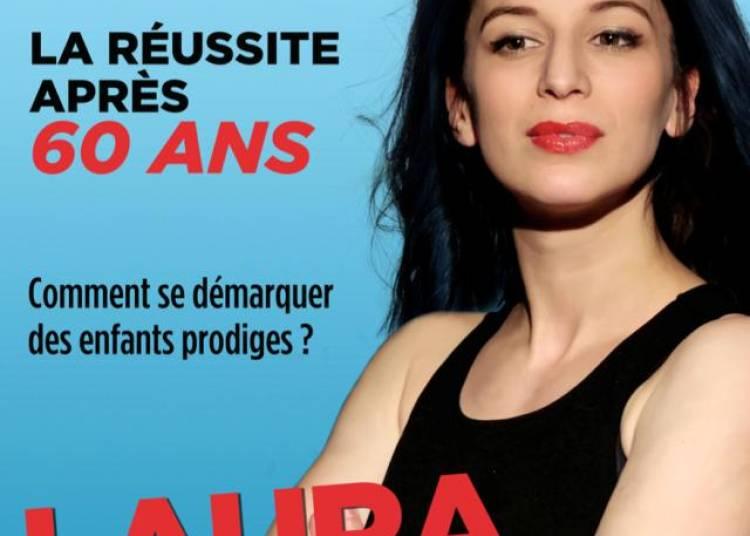 Laura Elko Dans Enfin Vieille ! � Paris 3�me
