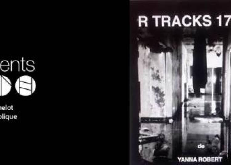 Yanna Robert Expose � Paris 11�me