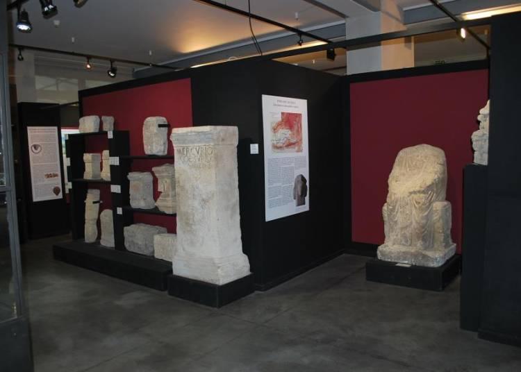 Rites gaulois et romains entre Rh�ne et Alpes � Apt