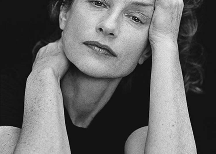 Isabelle Huppert Lit Sade � Paris 8�me