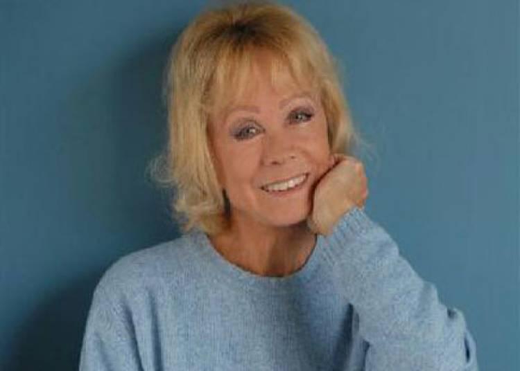 Isabelle Aubret � Paris 9�me
