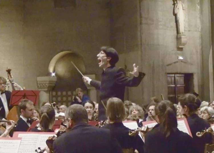 Une Traviata, De G. Verdi, Direction L�onard Ganvert, Avec Opera � Mobile � Paris 2�me