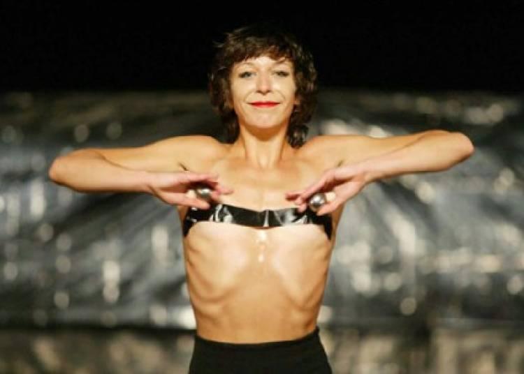 Lisbeth Gruwez Dances Bob Dylan � Paris 11�me