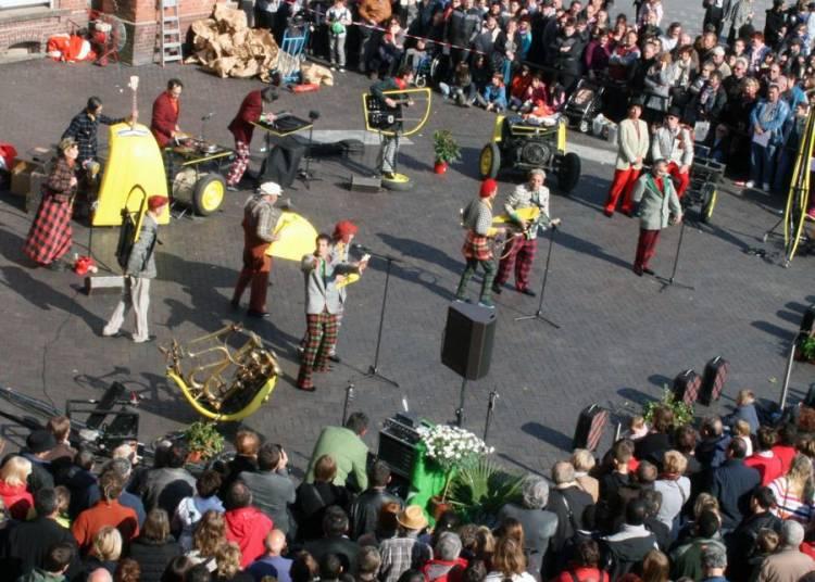 La Deuche Joyeuse - Op�ra de parvis � Aurillac