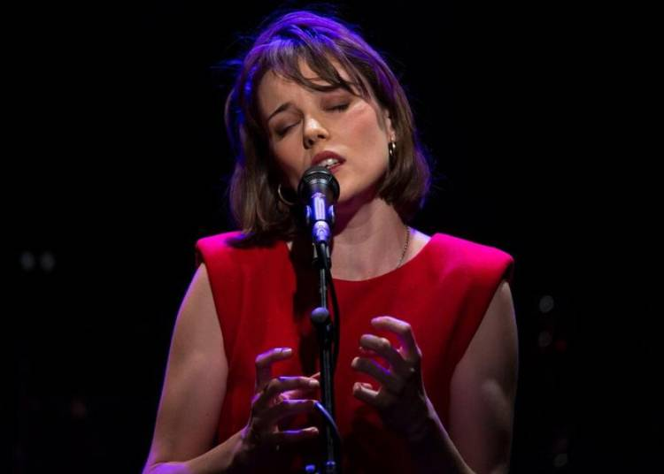 Angelina Wismes chante Barbara � Aix en Provence