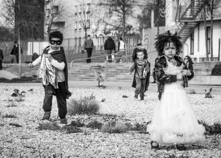 Les petites filles par A+ B � Amiens
