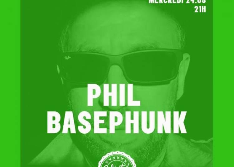 Phil Basephunk � Paris 19�me
