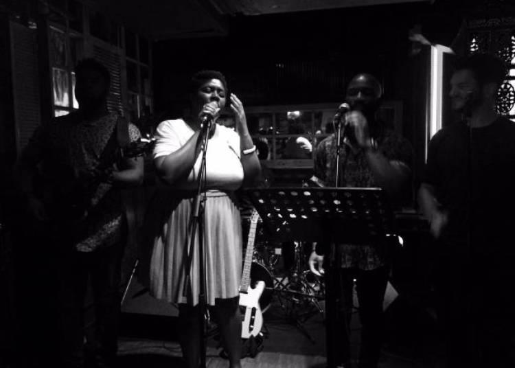 Nkia Asong,  Live Band, Le Trac � Paris 13�me
