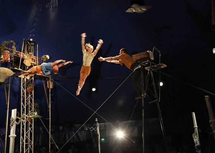 Le Cirque Poussière à Vieux Conde