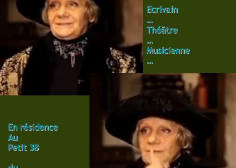 Le Cabaret de Ludmila Petrouchevskaia grand cabaret du monde � Grenoble
