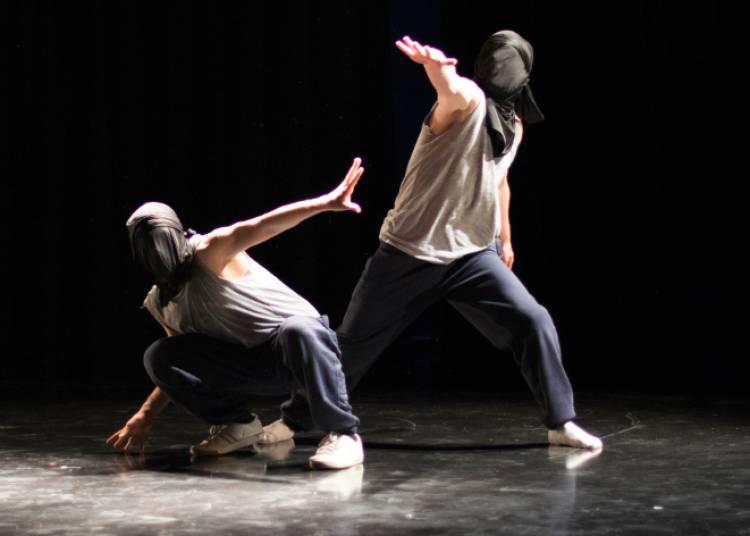 Hip Hop : D�brouill'Art ?  Blind World � Livry Gargan