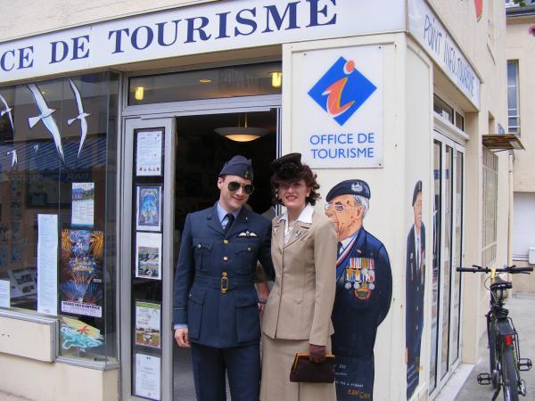 Office de tourisme d 39 arromanches les bains - Office de tourisme de thonon les bains ...