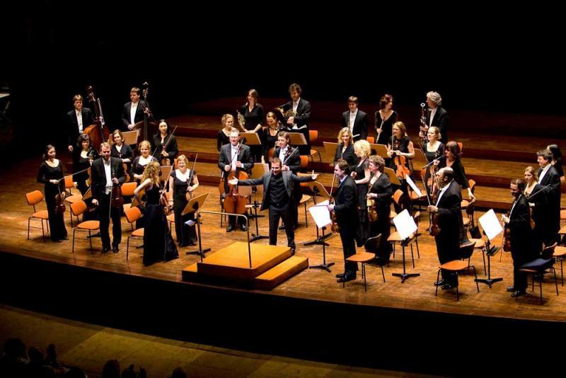 Chamber orchestra of europe dates de concerts 2016 et 2017 for Chamber l orchestre de chambre noir