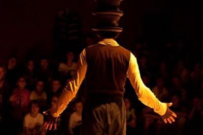 Bêtes de foire par la Cie Bêtes de Foire – Petit théâtre de gestes à Landerneau