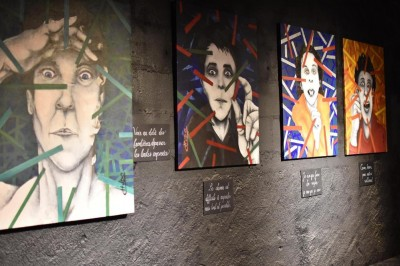 Exposition du peintre CHUDO, 10 ans de peinture/collage à Nantes