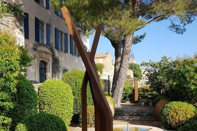 Parcours de sculptures à Menerbes