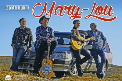 Mary-Lou à la Fête des Brodeuses à Pont l'Abbe