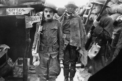 Charlot soldat à Malakoff