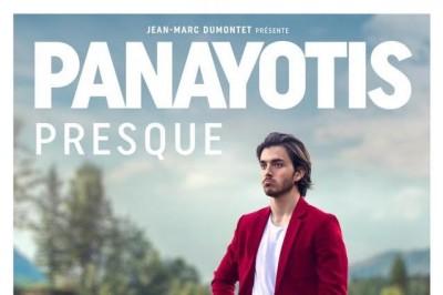 Panayotis Pascot Dans 'Presque' à Paris 15ème