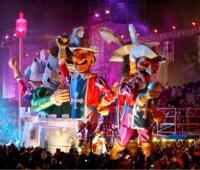 Le Carnaval des 2 Rives à Bordeaux