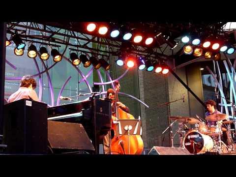 Harold Lopez Nussa Trio