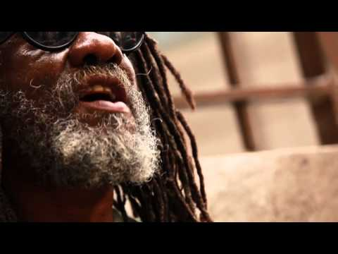 Winston McAnuff and The bazbaz orchestra