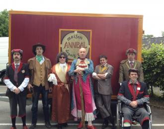 Compagnie Annibal et ses �l�phants Colombes