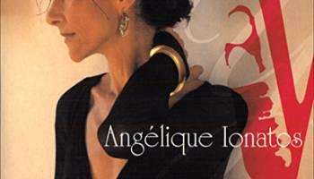 Ang�lique Ionatos